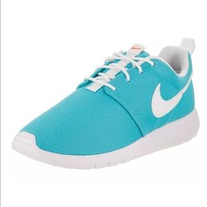Nike Roshe One GS size 6 Youth teal sz 7 Women